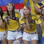 Kolumbijské krásky posielajú pusinky futbalistom (sport.cz)