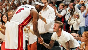 LeBron James a David Beckham, 2013 (si.com)