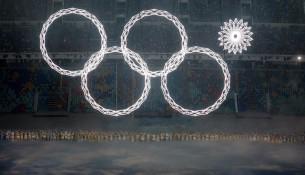 Pri otváracom ceremoniály v Soči sa nerozvinul jeden olympijský kruh (hnonline.sk)