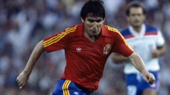 Carlos Santillana (sporteology.com)