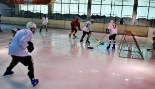 Hokej v Keni (sleepout.com)