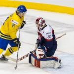 Najväčšia švédska hokejová hviezdička William Nylander, vychytal ho Godla (theprovince.com)