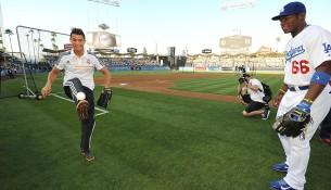 Ronaldo dribluje s baseballovou loptičkou (si.com)