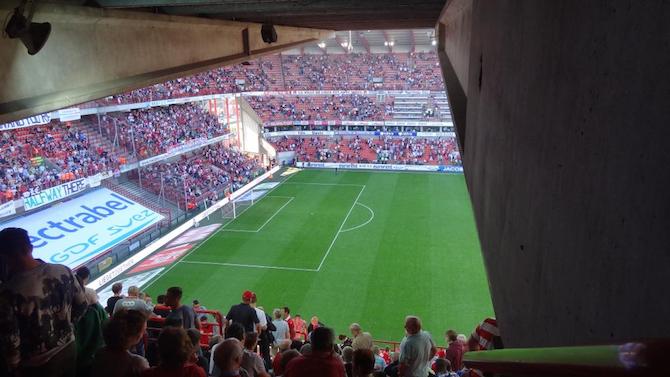 Stade Maurice Dufrasne (stadiums.at.ua)