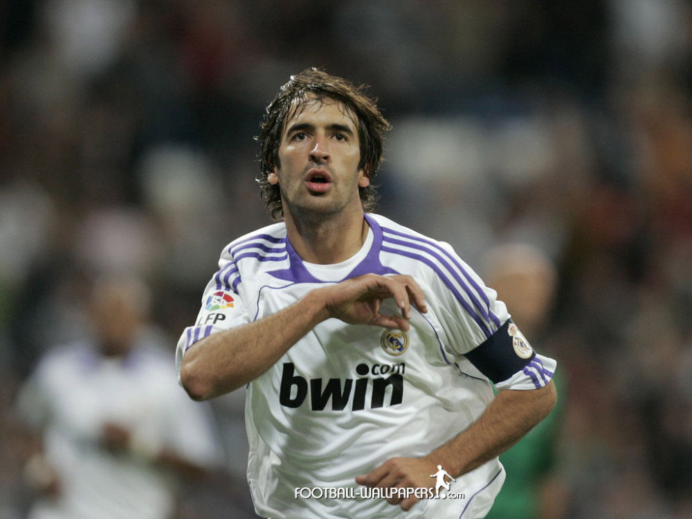 Raúl Gonzáles (soccer-wallpapers.net)