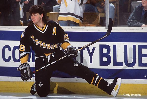 Jágra draftoval v roku 1990 Pittsburgh Penguins z 5. miesta (pittsburghsportingnews.com)