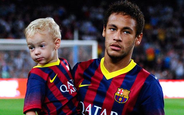 Neymar so synom (caufhtoffside.com)