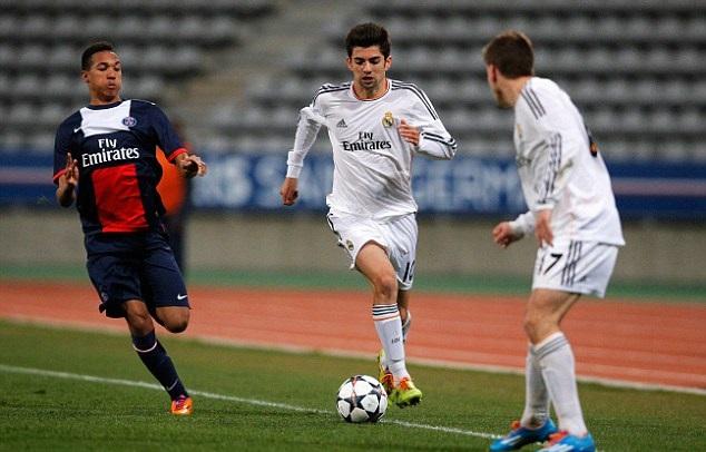 Enzo Zidane v drese Realu Madrid (dailymail.co.uk)