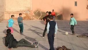 Pouličný futbal (wikipedia.org)